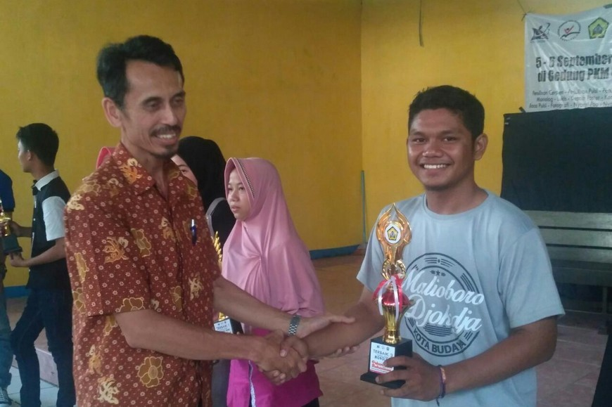Hebat! Mahasiswa KS FISIP UNIB Borong Piala dalam Pekan Seni Mahasiswa Tingkat Universitas Bengkulu 2018